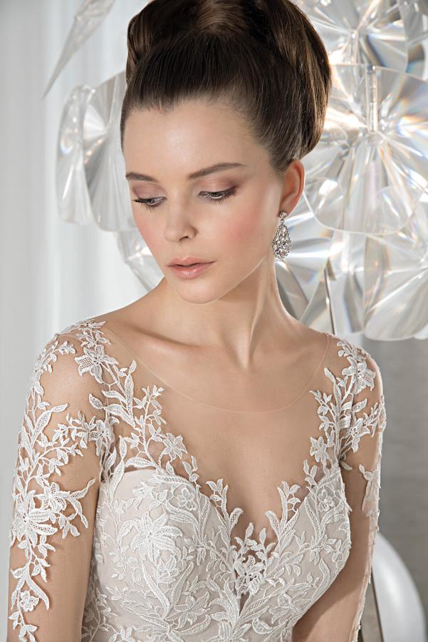 Suknia ślubna Demetrios 631_1