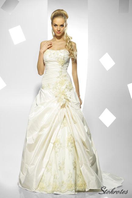 http://www.moda.slubna.eu/kolekcja-sukien-slubnych-anabelle/suknia_slubna-stokrotes_d.jpg