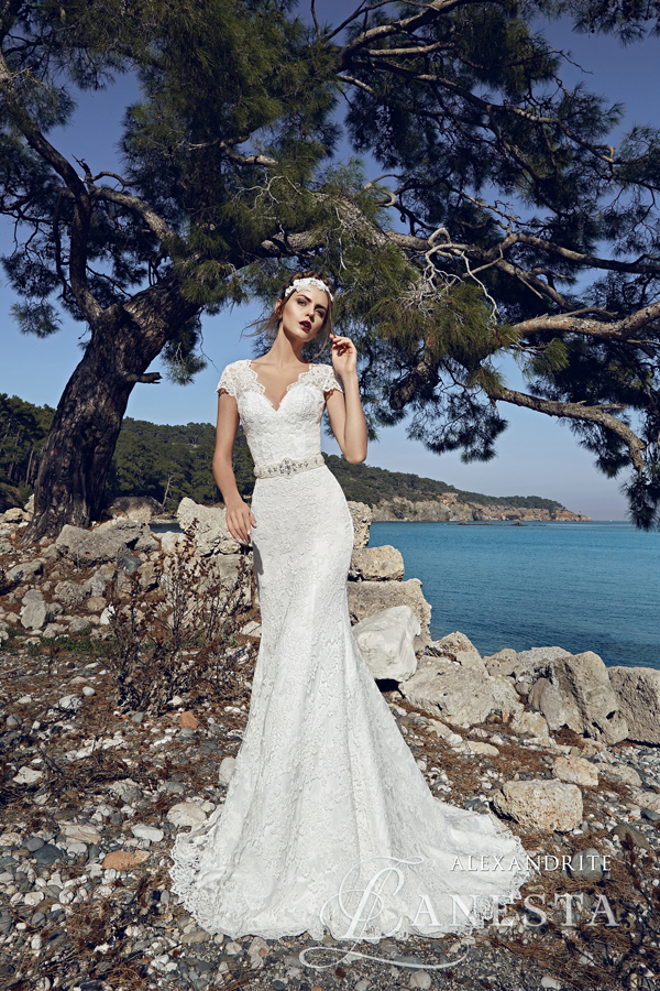 774b8fce73 ... Suknia ślubna Alexandrite 1 z firmy Lanesta ...