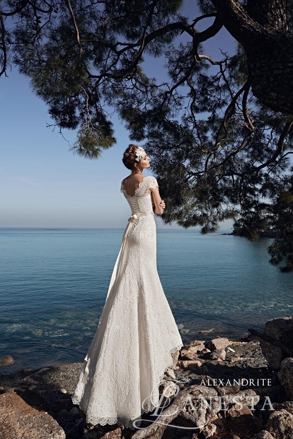 3720b28a66 ... Suknia ślubna Alexandrite 2 z firmy Lanesta ...
