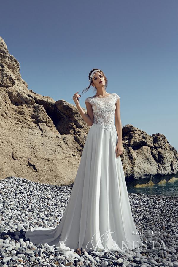 db7bcfe78c ... Suknia ślubna Amethyst 1 z firmy Lanesta ...
