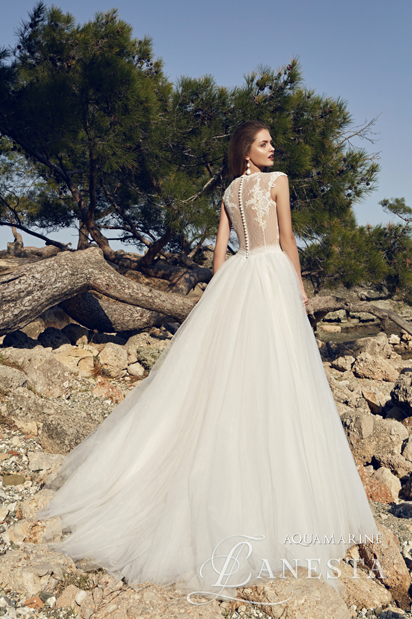 fd16bcc3a4 ... Suknia ślubna Aquamarine 3 z firmy Lanesta ...